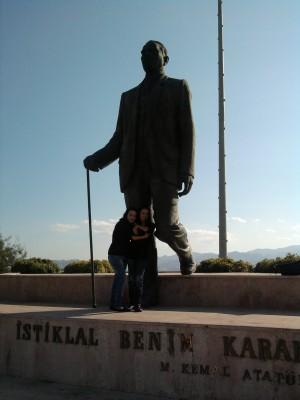 Izmir statue of Attaturk