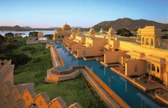 Best Hotel in the World- Oberoi Udaivilas in Udaipu, India