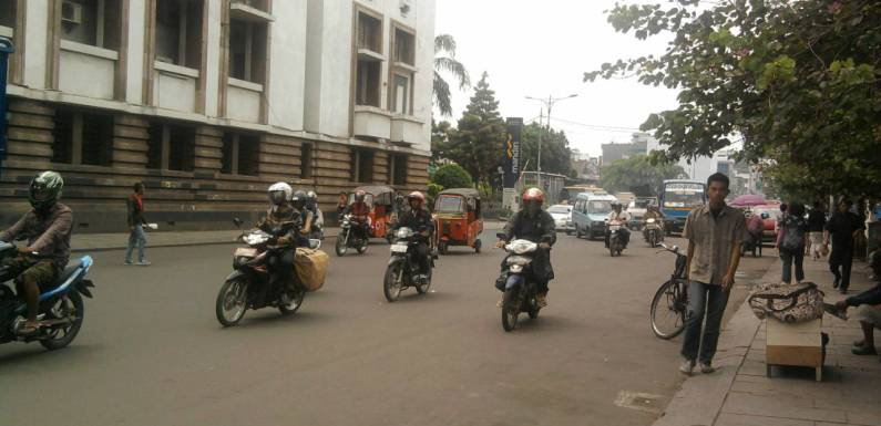 Motorbikes in Jakarta – Picture of the Day