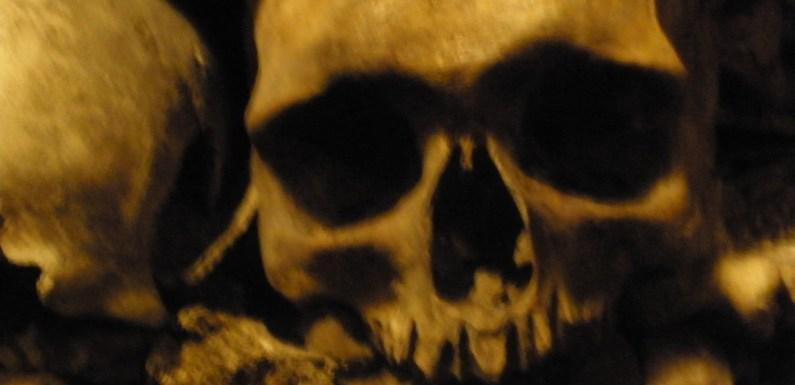 The Paris Catacombs – 6 Million Human Skeletons Up Close