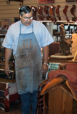 horse and saddle shop Richard Oliver