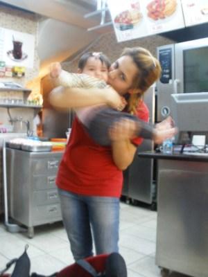 baked potato girl in Izmir