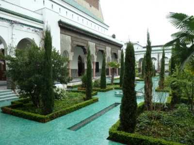gardens of the great mosque of paris