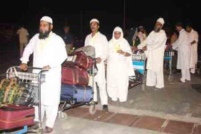 fly the hajji skies with plenty of baggage