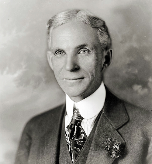 Henry Ford in 1919 By Hartsook, photographer. [Public domain], via Wikimedia Commons