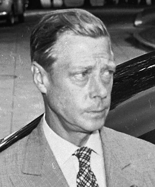 Photograph of the Duke of Windsor outside the White House on the date of the announcement of the Japanese surrender ending World War II By Photographer: Abbie Rowe (1905–1967), U.S. National Park Service [Public domain], via Wikimedia Commons