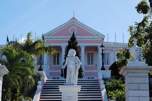 Government House, the official residence of the Governor General of the Bahamas, located in the city of Nassau, in the the Bahamas By UpstateNYer (Own work) [CC-BY-SA-3.0 (http://creativecommons.org/licenses/by-sa/3.0)], via Wikimedia Commons