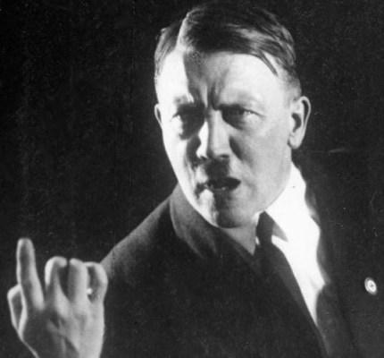 Adolf Hitler Bundesarchiv, Bild 102-13774 / Unknown Heinrich Hoffmann / CC-BY-SA [CC-BY-SA-3.0-de (http://creativecommons.org/licenses/by-sa/3.0/de/deed.en)], via Wikimedia Commons