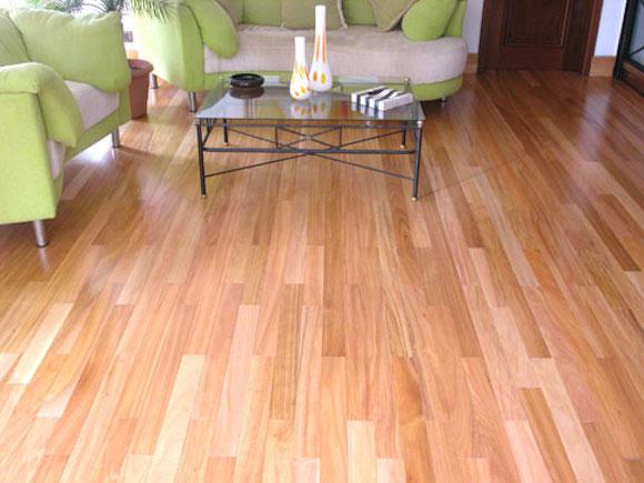 Carpete de madeira vantagem na instalao e preo
