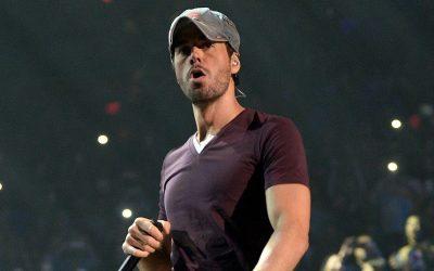 """Bad Bunny y Myke Towers acompañan el disco """"Final"""" de Enrique Iglesias"""
