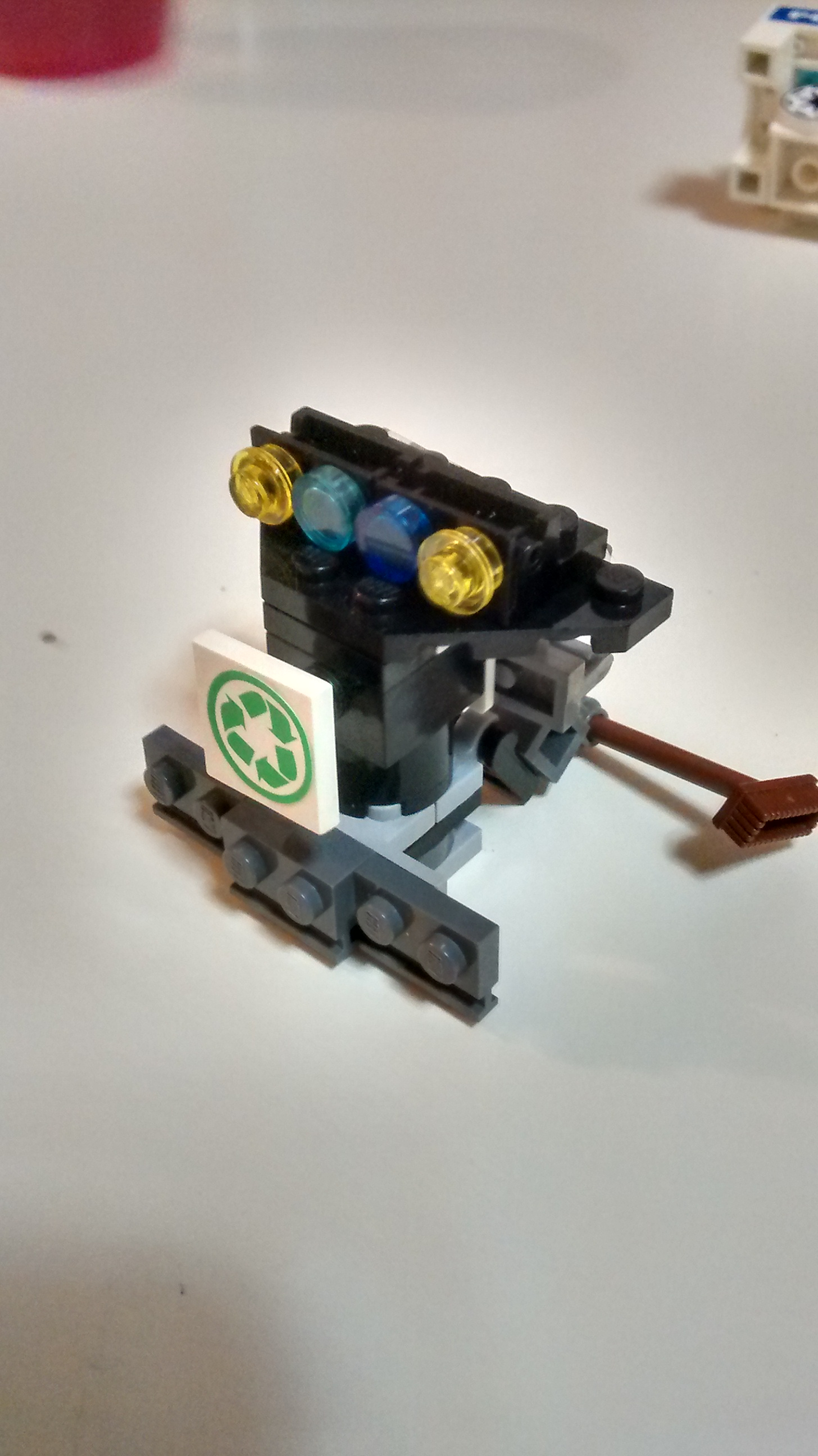 Cleaner Robot (Front)