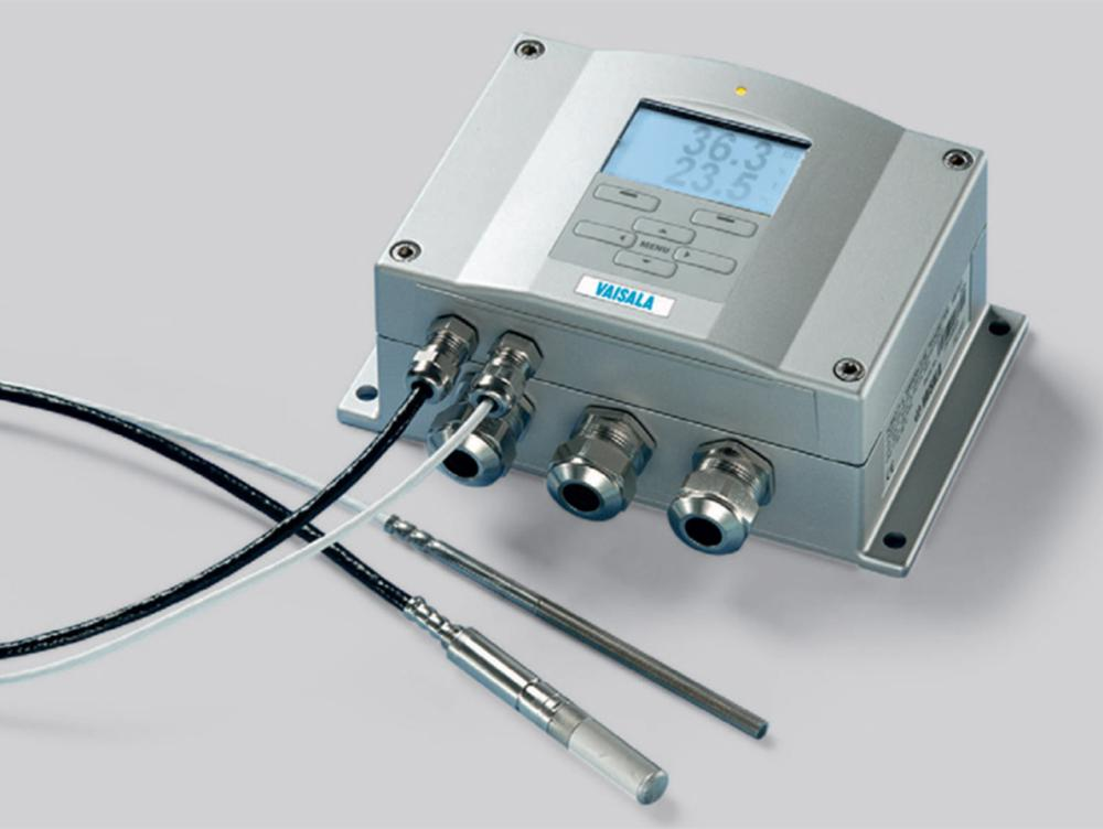 Humidity and Temperature Meter Series HMT330 for demanding humidity measurement | Vaisala