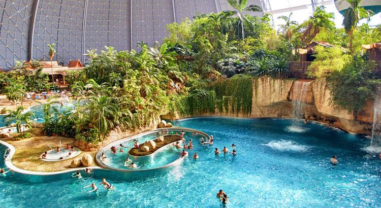 Tropical Islands Waterpark In Duitsland