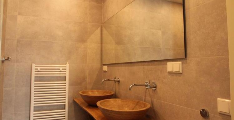 Vakantiehuis-Duinvilla-Noordwijk-badkamer-1