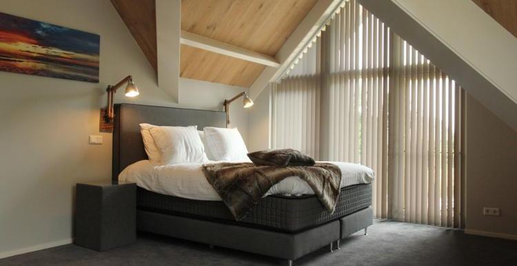 Vakantiehuis-Duinvilla-Noordwijk-slaapkamer-6
