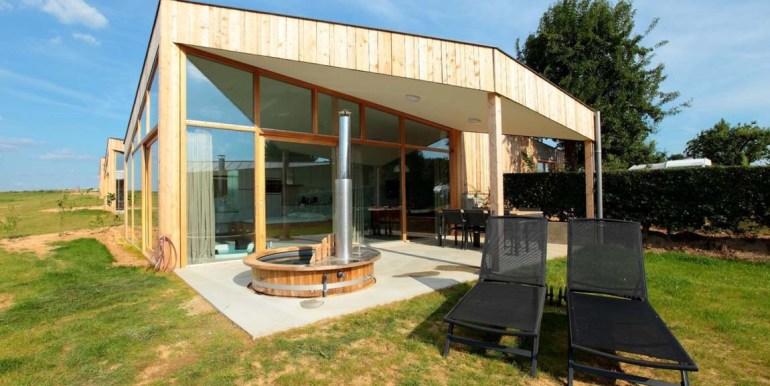 Natuurloft® Water met hottub en jacuzzi Landgoed St. Geertruid Limburg 6