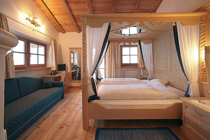 Hotel Alpino  Almhotel Col Raiser a S Cristina  Val Gardena