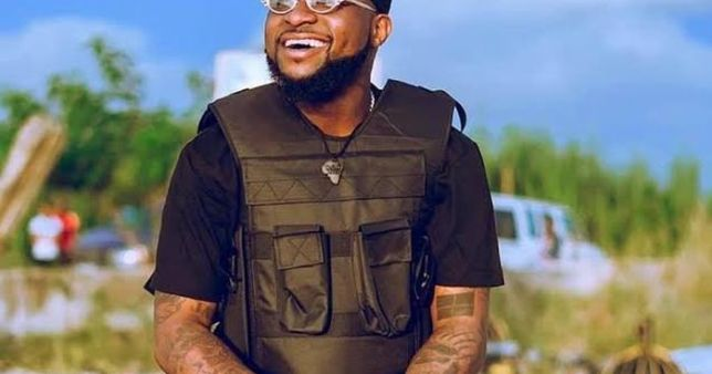 Davido Called Out For Allegedly Beating Up Bouncer Till He Started Bleeding