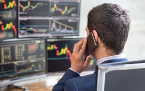 a bináris lehetőségekbe való befektetésre irányuló stratégiák