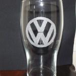 gravure sur verre logo volkswagen