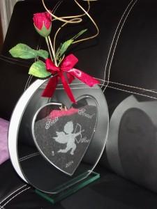 vase en verre forme coeur gravure prenom date ange  personnalisable