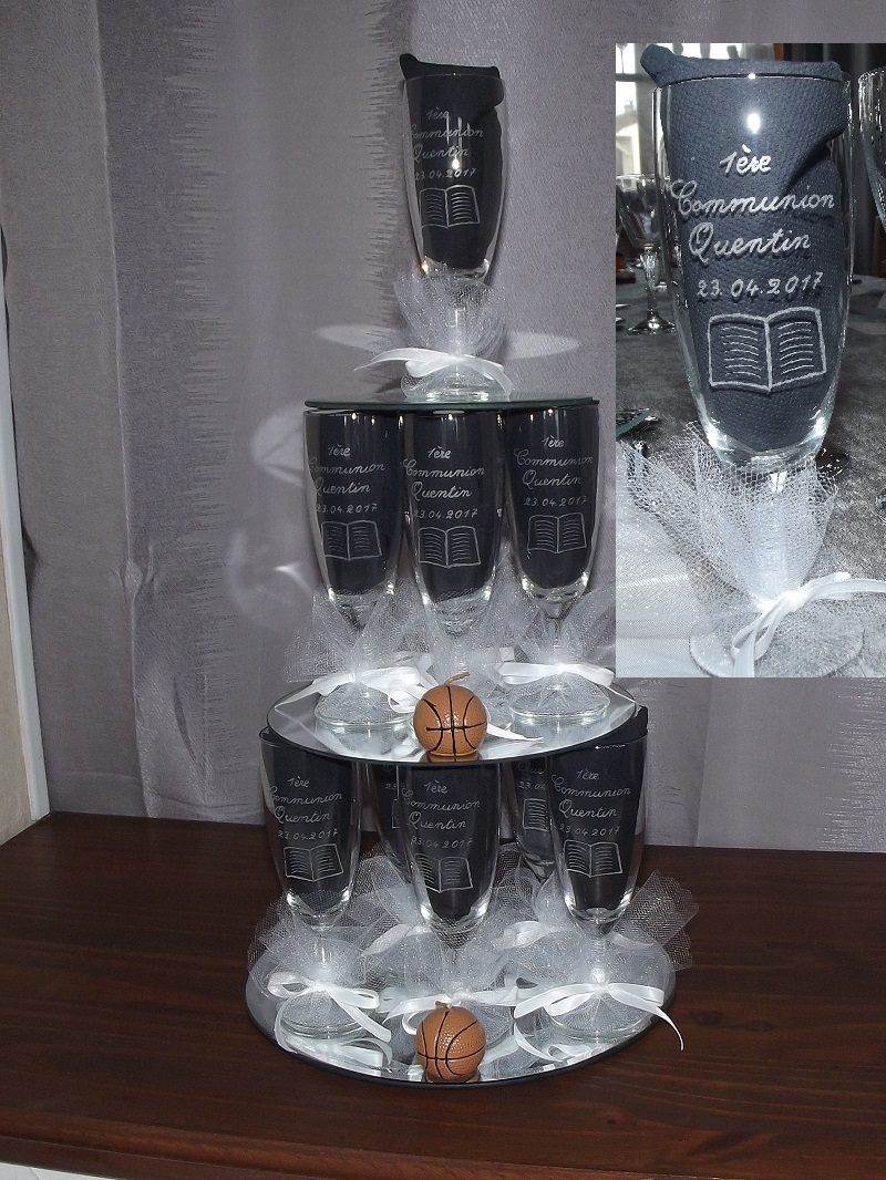 pyramide-flute-gravure-communion-basketteur-bougie-basket