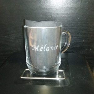 gravure-mug-prenom-texte-val-creation-lille-valenciennes-douai-orchies-nord-artisanat