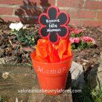 pot-fleur-gravure-maman-fete-meres-orange