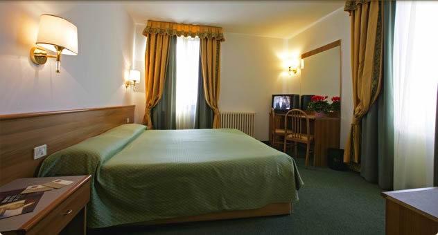 Liberty Hotel Mal Val Di Sole Albergo Liberty Mal Val Di Sole Liberty Hotel Male Val di Sole