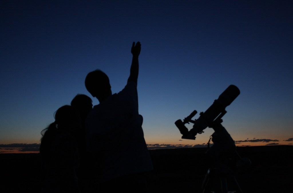 Atividades GRATUITAS para conocer las estrellas en Aras de los Olmos y Alpuente