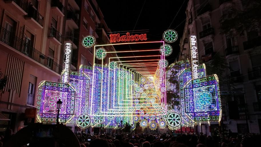 Horario encendido de luces Fallas 2018 – Iluminación de las calles importantes Fallas 2018