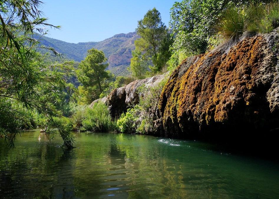 Las Toscas de Sot de Chera, un paraje para el baño único por su geología y vegetación