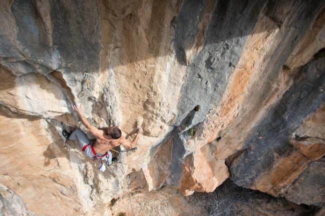 Eric climbing in Buñol.