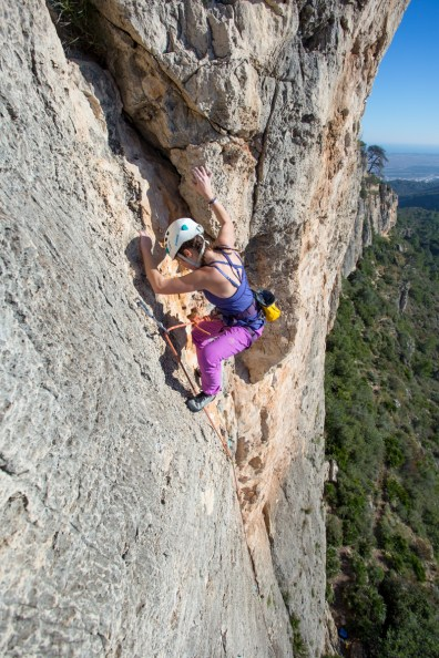 Anastasia climbing with us in Tallat Roig (Alzira, Dec. 2018).