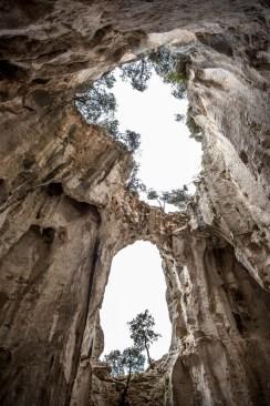 The impressive Grotta dell'Edera.