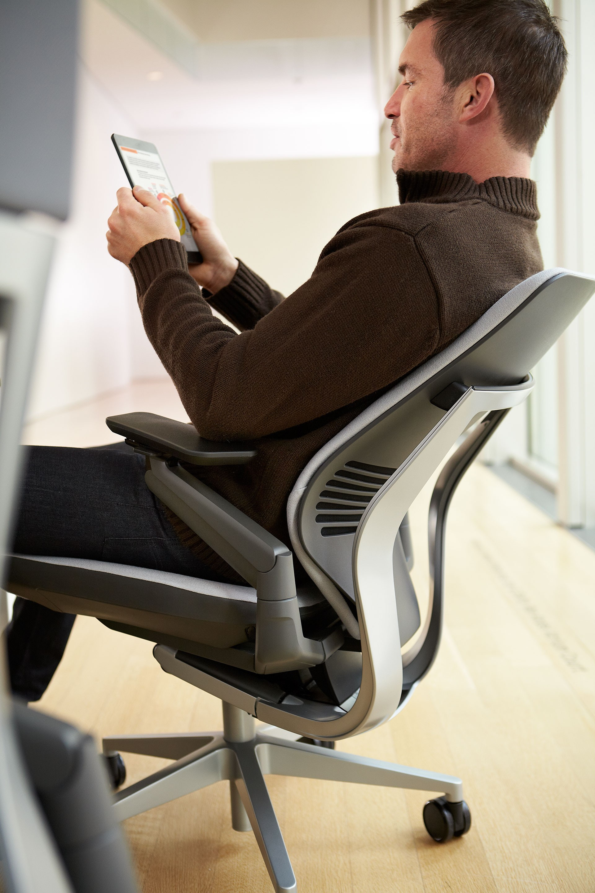 steelcase gesture chair review mickey mouse desk office