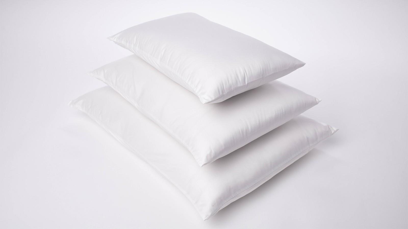 Esplora l'ampia selezione di copriletti maisons du monde in una varietà di tessuti e colori. Cotton Pillow