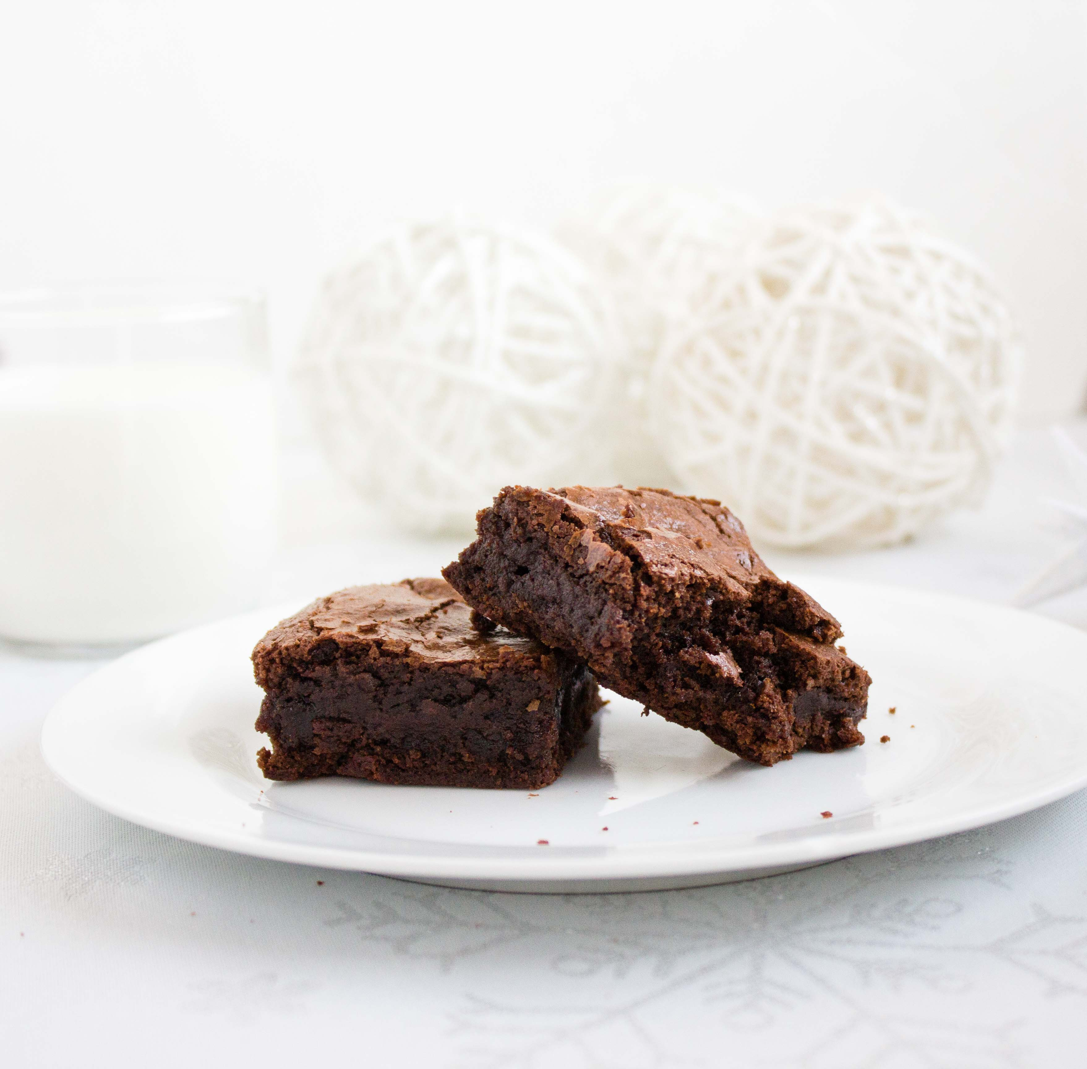 decadent-chocolate-mint-brownies