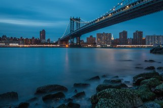 new-york-cityscape-brooklyn-bridge