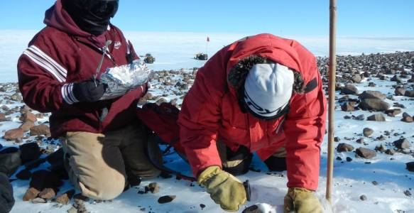 NASA / Science from the Sky: NASA Renews Search for Antarctic Meteorites