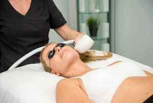 woman receiving IPL treatment at Valeriya Life Aesthetic Center