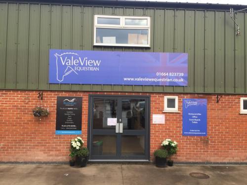 Vale View EC
