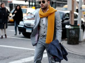 Sophisticated way to wear a scarf