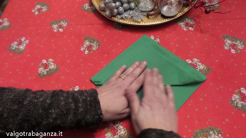 Tovagliolo A Forma Di Albero Di Natale Per Decorare La