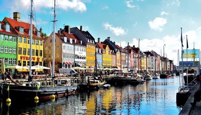 Nyhavn_città colorate
