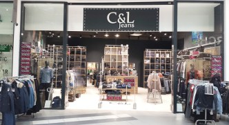 Agencement de boutique textile C&L Jeans - Conception, fabrication installation VALIN