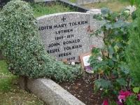 Túmulo de Tolkien Beren e Edith Lúthien
