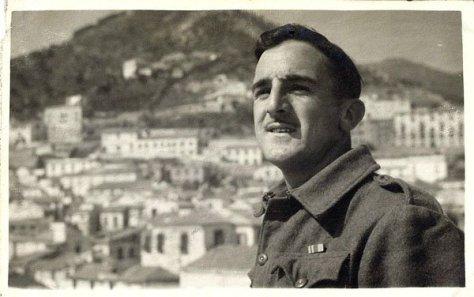 "William ""Bill"" Arthur Jackson na Sicília, Itália, durante a Segunda Guerra"