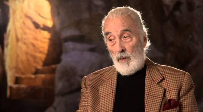 """Como Christopher Lee conheceu Tolkien e conseguiu seu papel em """"O Senhor dos Anéis""""?"""