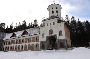 manastirea-caraiman-10